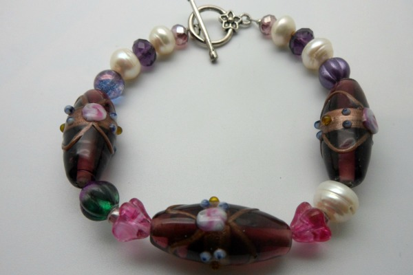 Purple Bead Pearl Bracelet